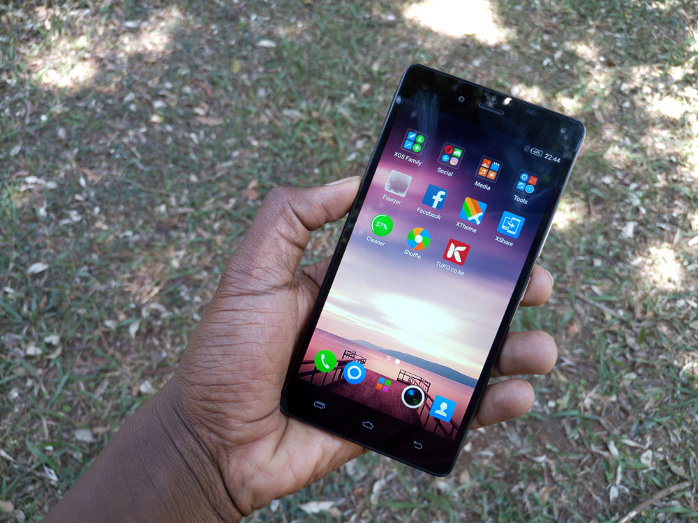 image-infinix-hot-4-display