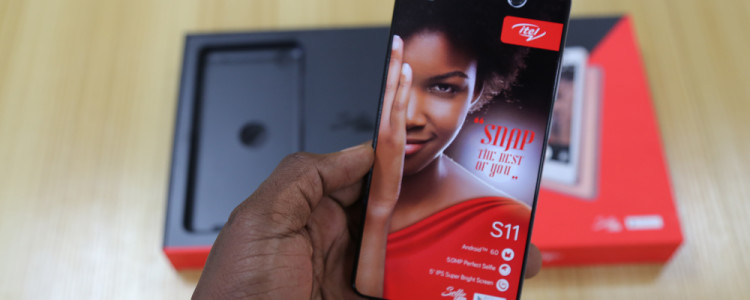 itel-s11-package-unboxing